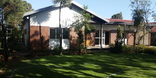 Beautiful Villa with Stunning Garden
