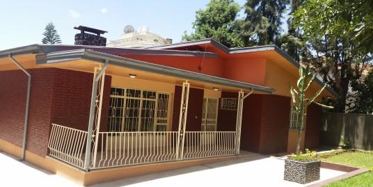 Nicely Maintained Villa in Bole