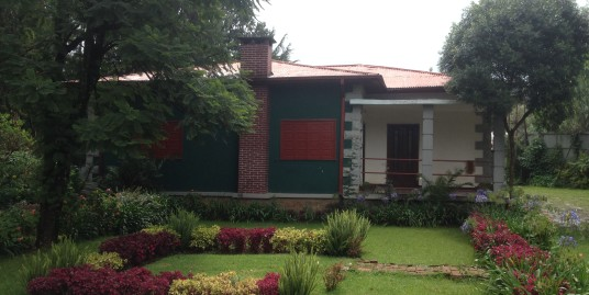 Classic House For Rent in Sidst Kilo, Addis Ababa