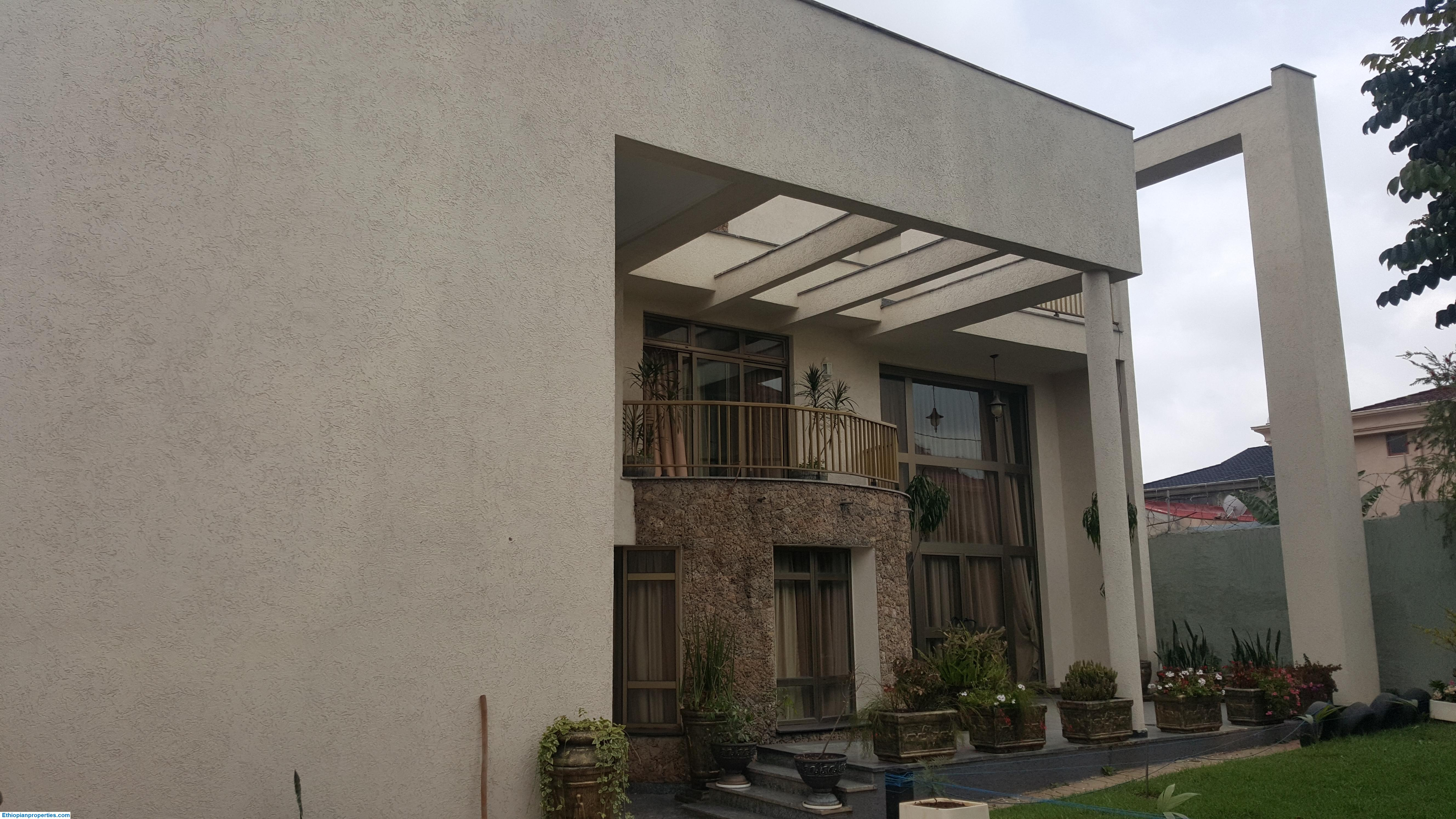 Family Home for Sale in Ayat (Modified Design)